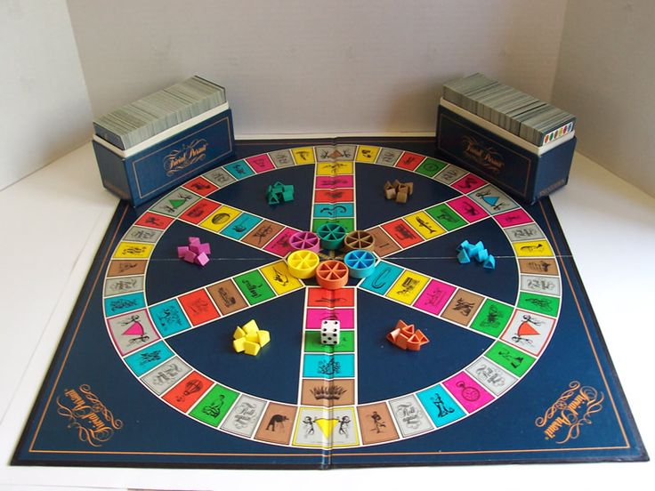Trivial Pursuit game the first edition and original board