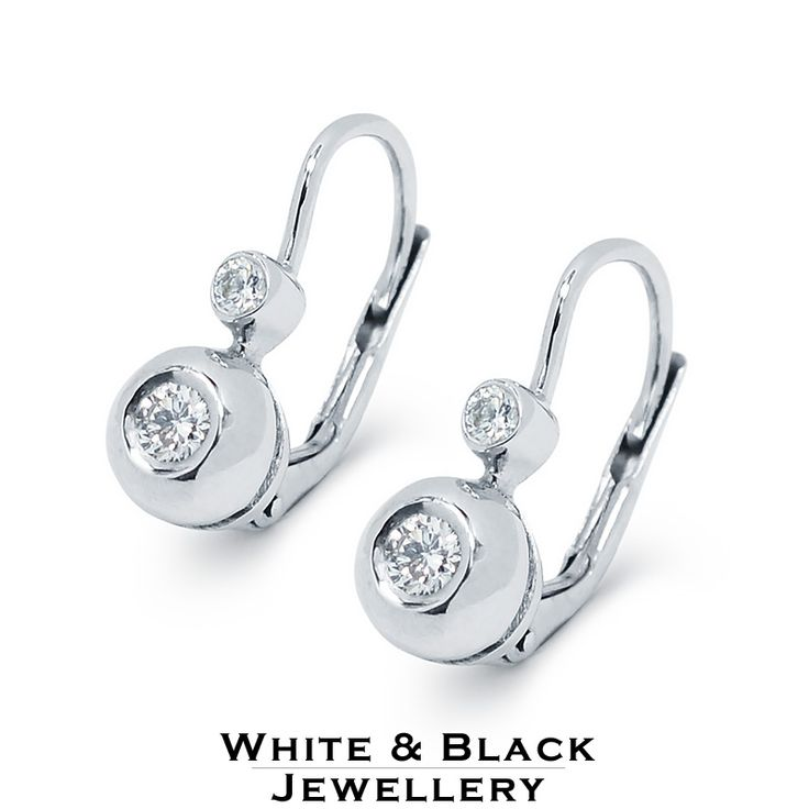 Bouton earrings with diamonds - Buton füblevaló gyémántokkal