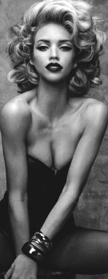 192 Best Pin Up Images On Pinterest Drawings Pin Up Girls And Drawing