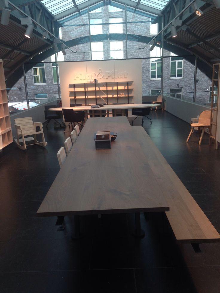 Pilat & Pilat, de Mads tafel met bank! New 2014
