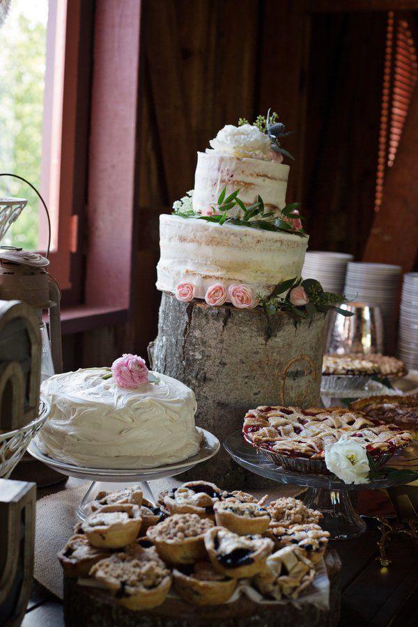 Rustic Barn Wedding Cake