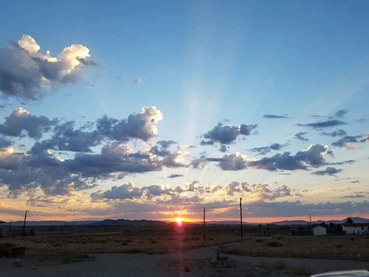 Northern Nevada summer sunrise.  #northernnevada #desert #desertvibes #sunrise #nofilter #outmybackdoor #skyscape #newday