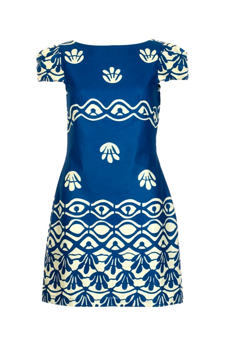 Batik Dress : Sika Designs - I have to say that I quite love this dress..