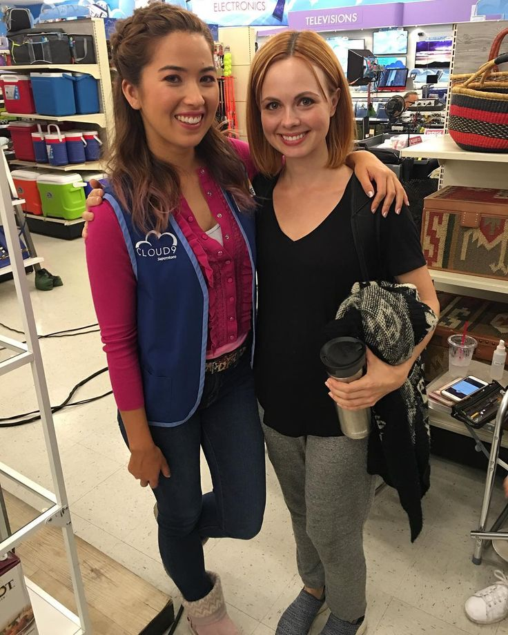 Galadriel Stineman (@galaelf) в Instagram: «Look who I visited on my way off the lot today! It's @nichole_bloom! Love this chick. Thanks for…»