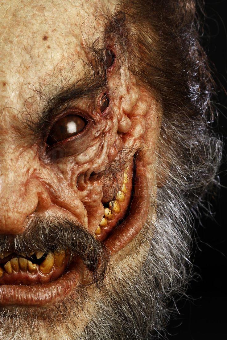 THE DEVIL'S ADVOCATE (1997) - Beared Demon Head - Price Estimate: $800 - $1000