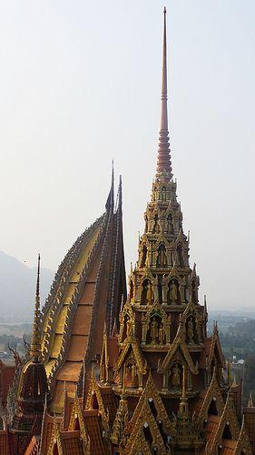 Wat Tham Sua, Tha Muang, Thailand.