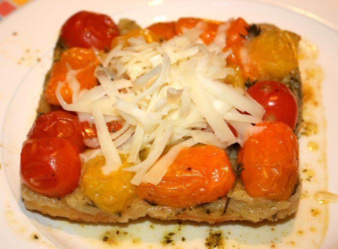Tomaten-tarte tatin met schapenkaas
