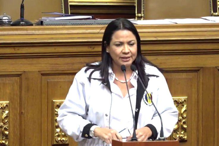 ¡ENTÉRATE! Dennis Fernández: No hay manera de salir del desacato en AN sin voluntad del gobierno (+Video) - http://wp.me/p7GFvM-CAs