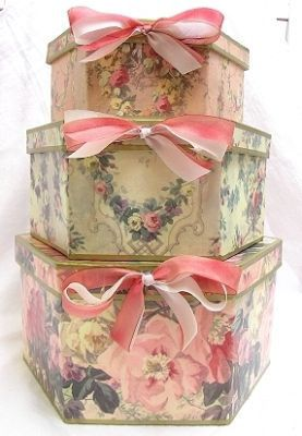 pretty bowed hat boxes - Decorative Boxes With Lids