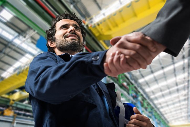 How to Turn Your Auto Mechanic Apprenticeship Into a Job Offer
