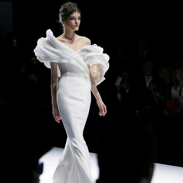 Ralph And Russo Wedding Dresses: 23 Best Ralph & Russo Wedding Gown Images On Pinterest