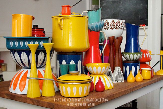 Lisa Congdon's vintage enamelware collection...kind of becoming an obsession of mine #midcentury #cathrineholm