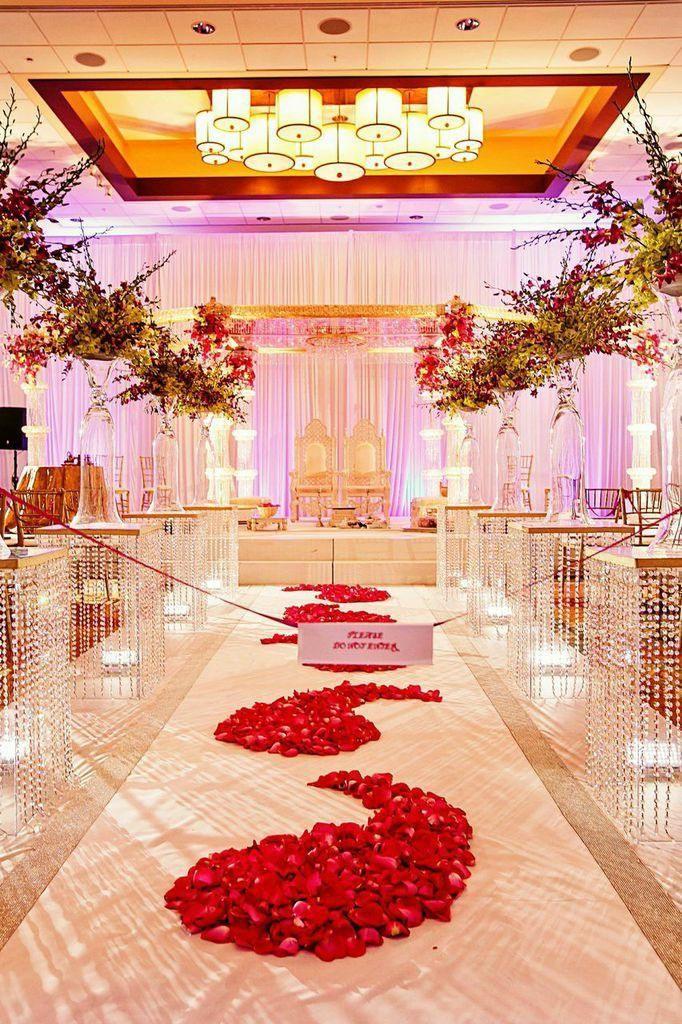 Upscale Georgia Wedding with Indian Elements at the Atlanta Evergreen Marriott Resort - MODwedding