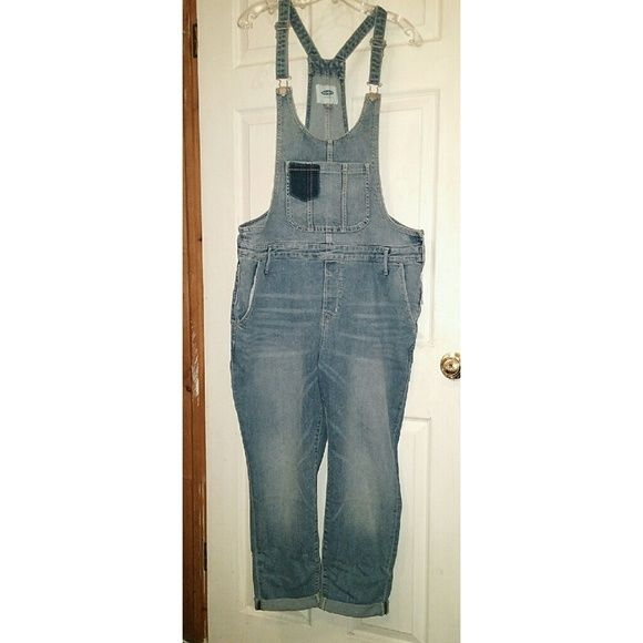 NWT! Old Navy Denim Overalls NWT! Old Navy Blue Denim Overalls, Whiskering Detailing, Rolled Cuffs, Belt Loops, Side Zipper, Size: 16. Old Navy Jeans Overalls