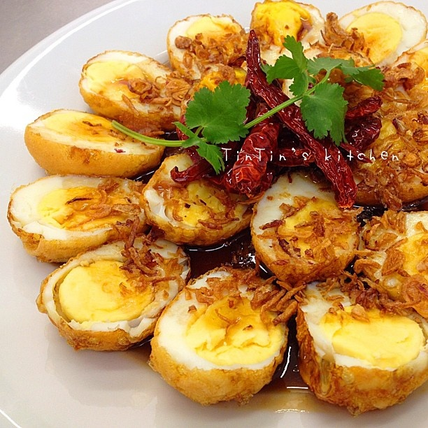 Thai Fried Hard-Boiled Eggs In Tamarind Sauce Recipe — Dishmaps