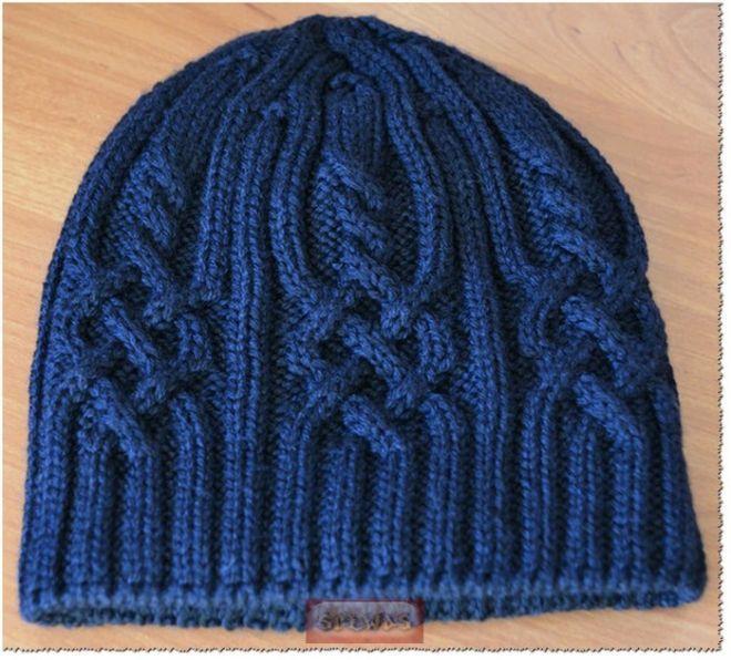 Красивый перегиб\сгиб на шапке вязаной спицами