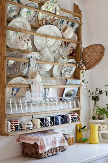 New kitchen - see our photos and get the english inspiration  plate rack idea & 65 best Plate racks images on Pinterest   Plate racks Dish racks ...