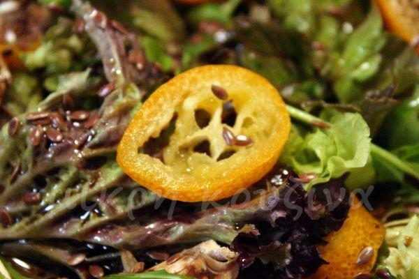 μικρή κουζίνα: Σαλάτα με κουμ κουάτ και λιναρόσπορο