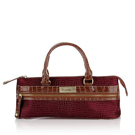 Samantha Brown Insulated Wine Purse.     Every bottle would look so good going to the party!!!
