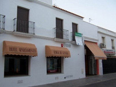 #hotel #apartamento #rural Azuaga Los apartamentos tienen una superficie aproximada de unos 40 metros cuadrados, consta de salón comedor, habitación, cocina y cuarto de baño completo. #turismorural #Badajoz