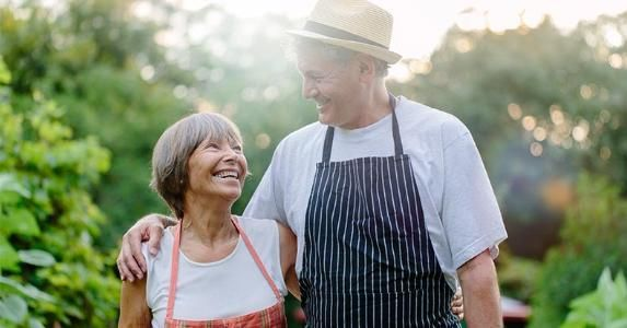 Roth IRA – 6 Benefits You Should Know About #rath #ira http://dating.nef2.com/roth-ira-6-benefits-you-should-know-about-rath-ira/  # 6 advantages of Roth IRAs Hinterhaus Productions/Getty Images Few investment options on the market are as universally loved and admired as the Roth IRA. and for good reason. Whether you are 25 or 65, this retirement savings vehicle offers several benefits and advantages. The Roth version of the individual retirement arrangement lets most investors put away up…