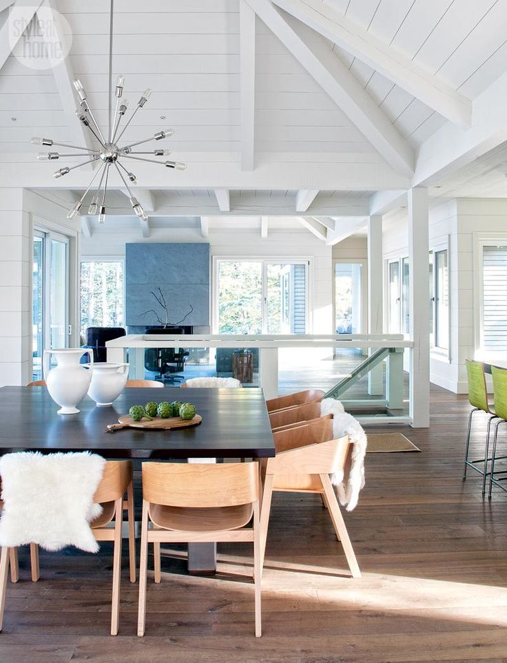 Hamptons Home, High Ceilings Exposed Beams Crisp White Walls Part 91