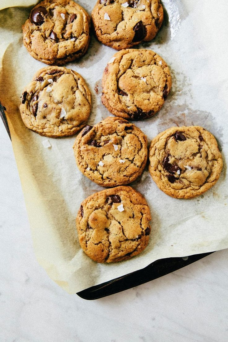 any time you need 'em slice-and-bake chocolate chip cookies - hummingbird high | a desserts and baking blog