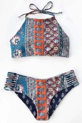 Cupshe Summer Walk Halter Bikini Set