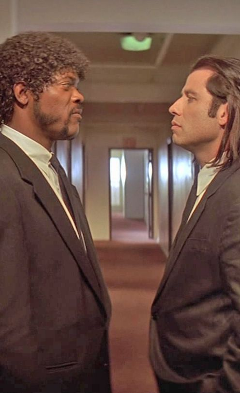 "Pulp Fiction - ""Don't be tellin' me about foot massages. I'm the foot fuckin' master"" - Jules Winnfield. Jules and Vincent arguing over the merits of a foot massage #GangsterFlick"