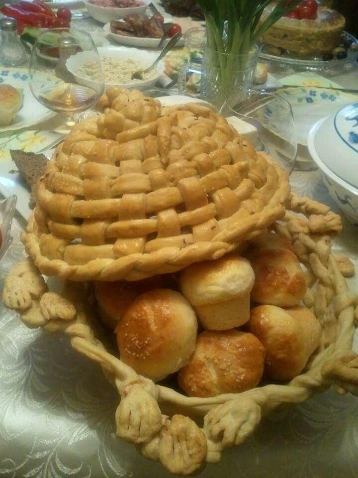 Cos de paine din aluat
