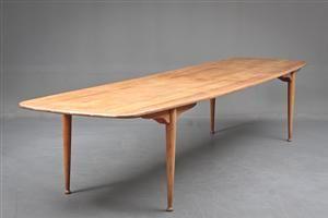Peder Moos: Dining table from Villa Aubertin by Finn Juhl