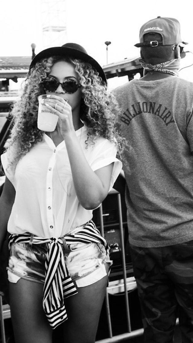 Beyonce & Jayz at Coachella Valley Music & Arts Festival April 2014