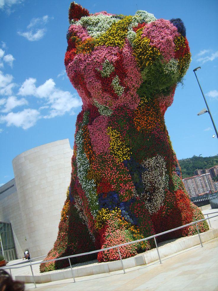 Bilbao: Flowers Dogs, Jeff Koons Puppies, Art Architecture, Puppys, Bilbao Spain, Guggenheim Bilbao, Guggenheim Museums, Bilbao Puppies, Puppies Bilbao