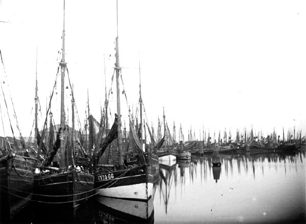 17 Best images about Sailing Trawlers of England on ...