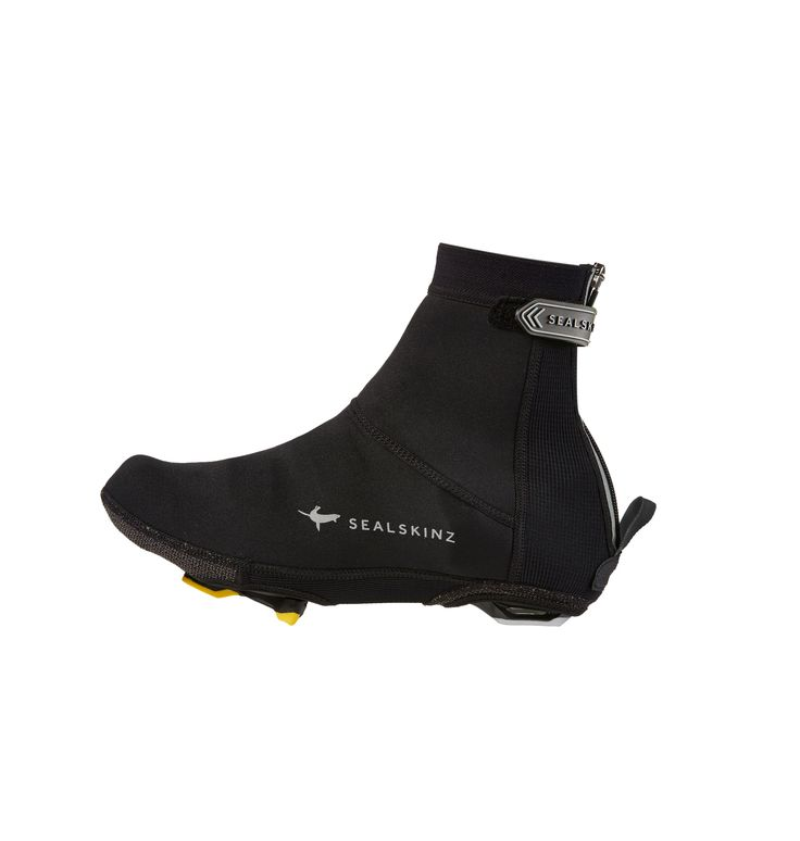 A high performance cycle overshoe. Made from close fitting neoprene material with additional storm flap, pull on loop and Hi-vis reflective branding for added safety.