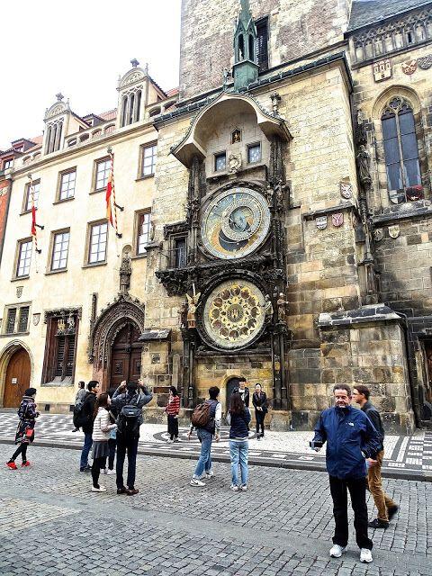 Atrapados por la imagen: El Reloj Astronomico de Praga es de la epoca Medie...