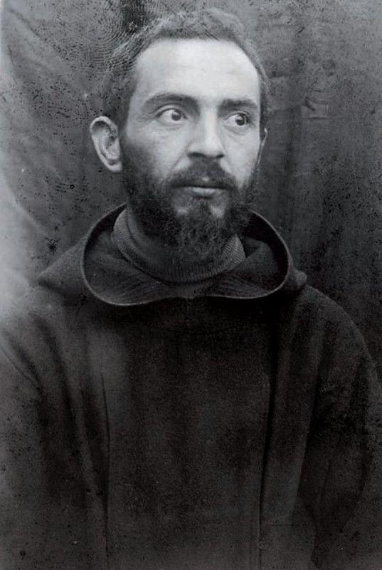 Padre Pio (30 anos, aproximadamente)