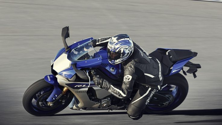 Yamaha YZF-R1, 2015, Yamaha Motor Polska