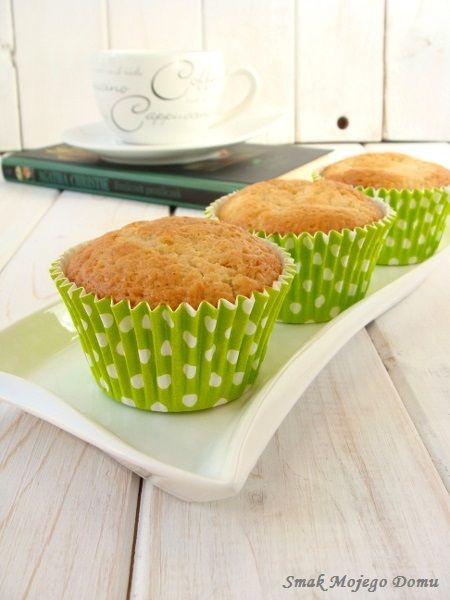 Smak Mojego Domu: Pomarańczowe muffiny z nadzieniem z ricotty