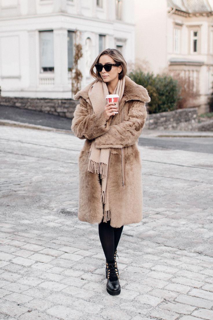 Fashion Blogger Emilie Tömmerberg wearing Lexington Aurora Wool Scarf. Find it here: http://bit.ly/2h1mvWt