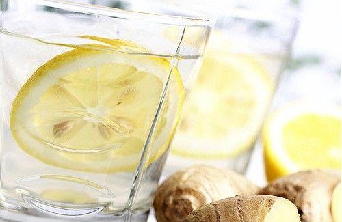 Limone, zenzero, cetriolo e menta per un ventre piatto - Vivere Più Sani