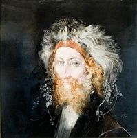 Szakállas férfi bagolydíszes kalapban by Endre Szasz