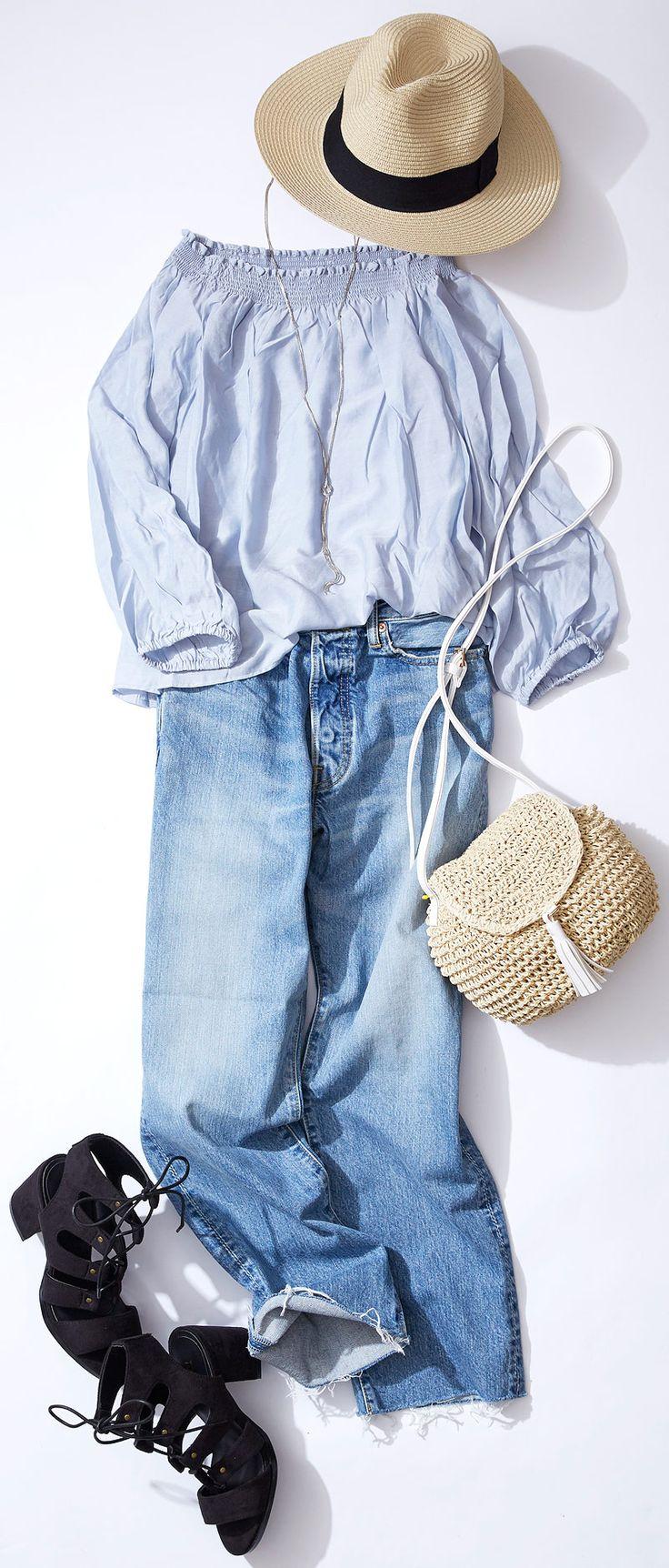 """涼しげブルーでおしゃれな日焼け対策! ルミネ有楽町から、夏のショートトリップ着こなしスタイルをご紹介。どこか""""上品""""で""""こなれた""""スタイルが得意の人気スタイリスト山崎ジュンさんが「すぐマネできる」テクニックをお伝えします。"""