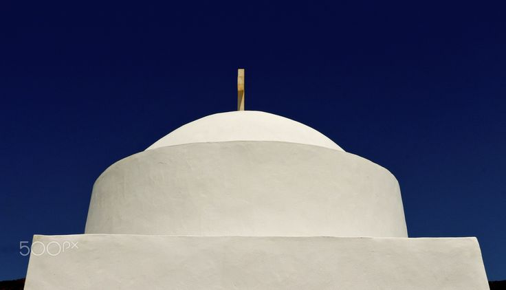 Cycladic simplicity - null