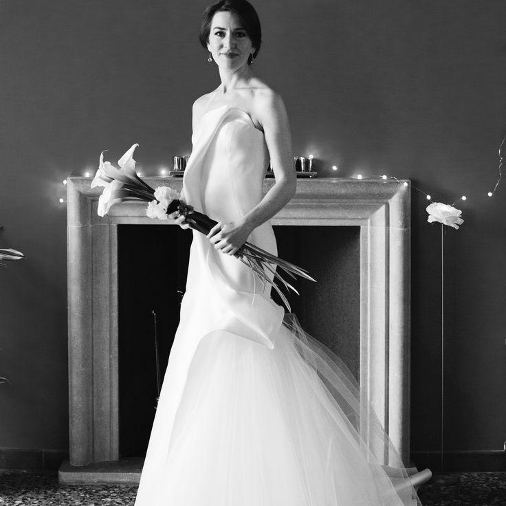 Dress: THEA by Peter Langner Bride: Eleonora
