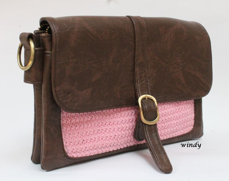 20 x 30 cm size clutch. star stitch combine with sintetic leather. full lined