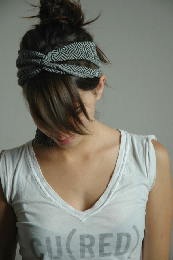 DIY Criss-cross headband - Fine and Feathered