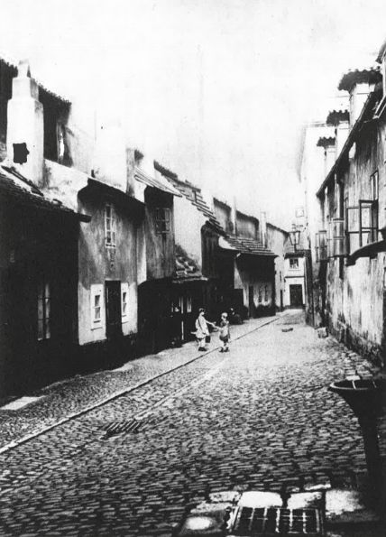 Praha, Zlatá ulička (1914)