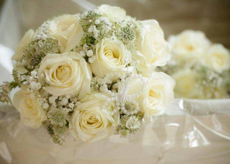 Summer wedding bridesmaid bouquet