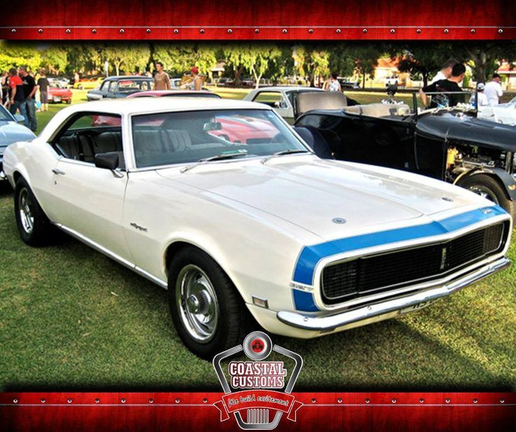 The styling of the 1968 #Camaro was very similar to the 1967 design. With the introduction of Astro Ventilation, a fresh-air-inlet system, the side vent windows were deleted. #CoastalCustoms #ClassicCar